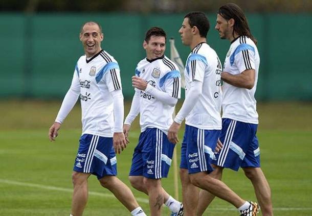 Supporter Argentina Terus Penuhi Stadion