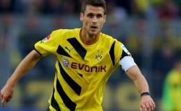 Sebastian Kehl Campur Aduk Saat Di Tahan Wolfsburg