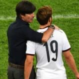 Gotze : Muller Dan Van Gaal Memang Dekat