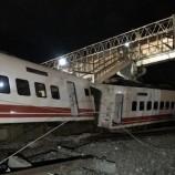 18 Penumpang Kereta Tewas Akibat Kecelakaan di Taiwan